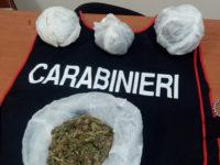 Droga in uno zaino nascosto tra la vegetazione. Giovane pusher di Sapri arrestato dopo 12 ore di appostamento