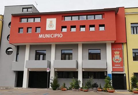 Timbrava in Municipio e poi tornava a casa. Rischia il licenziamento dipendente comunale di Eboli - Ondanews.it