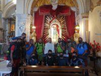 Da Caggiano al Santuario di Viggiano. Devoti alla Madonna Nera ripercorrono a piedi gli antichi sentieri