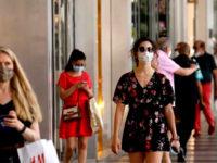 Covid-19. In Campania mascherina obbligatoria nei luoghi all'aperto durante tutta la giornata fino al 4 ottobre