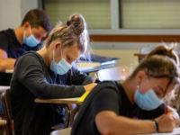 Mascherina chirurgica a scuola. Chi deve indossarla e quando