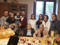 Basilicata terra di longevità. Nonna Linuccia di Marsiconuovo spegne le 100 candeline