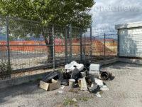 Rifiuti abbandonati a Sala Consilina. Incivili colpiscono la zona compresa tra l'Isola Ecologica e il Canile