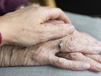 """""""Anziani. Grazie ad una generazione che sta scomparendo"""" – Lettera aperta del prof. Rocco Cimino"""