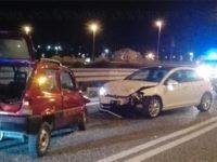 Scontro tra due auto nella notte allo svincolo dell'A2 di Atena Lucana. Feriti in ospedale