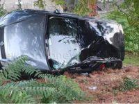 Monte San Giacomo: auto con bambini a bordo finisce in una scarpata vicino alla Villa Comunale, donna ferita