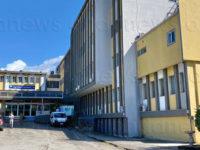 Feto nato morto in ospedale a Battipaglia. Indagati quattro medici e un'ostetrica