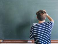 """""""La scuola ritorni ad essere luogo d'istruzione vera e autentica""""- Lettera aperta del professore Rocco Cimino"""