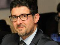 """Finto pacco bomba sotto casa di De Luca. Mastrovito (Acli Salerno):""""Piena solidarietà al Governatore"""""""
