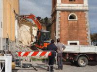 """Scario: al via lavori di abbattimento della sacrestia della chiesa """"Immacolata"""". Previsto un nuovo progetto"""