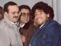 """Morte di Maradona. Il ricordo dell'avv. Rivellese dell'inaugurazione del """"Club Azzurro"""" a Sala Consilina"""