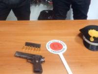 Salerno:inseguito dai Carabinieri va contromano in tangenziale e lancia pistola carica dal finestrino.Arrestato