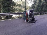 Perde il controllo dell'auto a Celle di Bulgheria e si ribalta. Ferita giovane cilentana