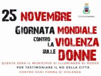 """Agropoli: la Casa Comunale si illumina di rosso per dire """"no"""" alla violenza sulle donne"""