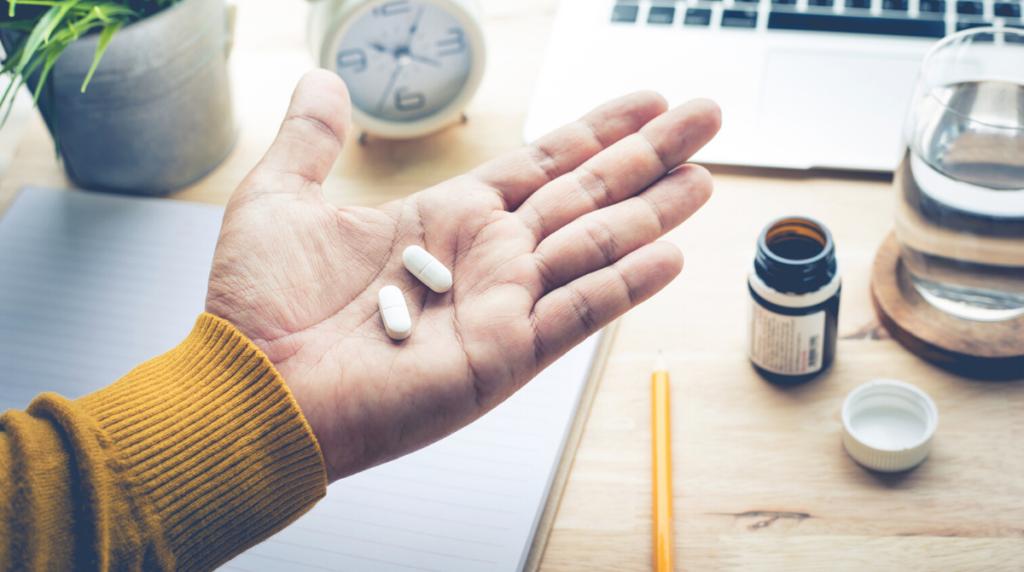 """""""In salute: consigli utili"""". Il paracetamolo: meccanismo d'azione ed effetti collaterali"""