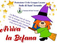 Il 4 gennaio a Sant'Arsenio arriva la Befana. La Protezione Civile Gruppo Lucano dona calze e caramelle ai bambini