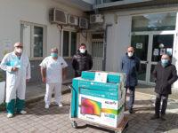 """La Banca Monte Pruno dona 8 televisori al reparto di Chirurgia Generale dell'ospedale """"Curto"""" di Polla"""