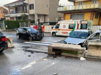 Scontro tra due auto a Sala Consilina in località Sant'Antonio. Ferita una donna