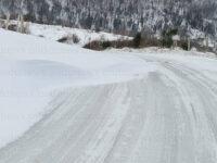 Neve e ghiaccio sulla Strada Provinciale del Corticato. Forti disagi per gli automobilisti