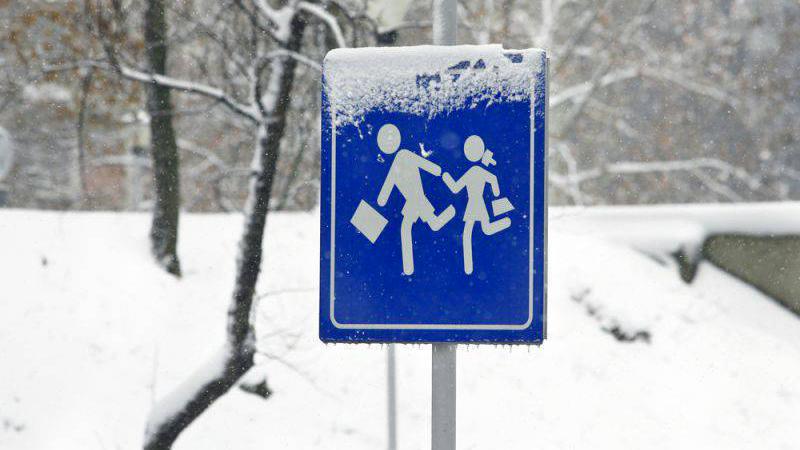 Allerta meteo per nevicate. Scuole chiuse in alcuni paesi