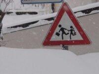 Gelo e temperature rigide. Anche Padula e Monte San Giacomo chiudono le scuole