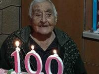 A Casal Velino nonna Maria spegne 100 candeline. E' la nonna della conduttrice Adriana Volpe