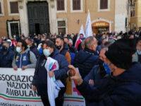 Venditori ambulanti in ginocchio per la pandemia. Protesta a Roma, presente una delegazione del Vallo di Diano