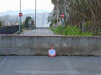 """Frana costone roccioso a Sant'Arsenio. Disposta la chiusura della strada in località """"Sant'Antonio"""""""