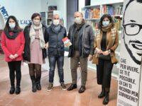 """Padula: donato alla Biblioteca comunale il libro """"Santiago Express"""" del compianto Marco Gallo"""