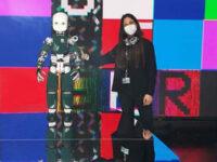 Icub in passerella per Dolce & Gabbana. L'ingegnere di Scario Ines Sorrentino nel team che ha creato il robot