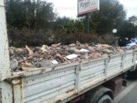 Trasportano rifiuti edili speciali senza autorizzazioni. Denunciati due uomini di Sapri