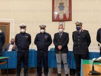 L'Amministrazione comunale di Polla e il Comandante Santoro assegnano i gradi ai tre agenti della Polizia Locale
