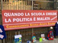 Scuole Aperte Salerno partecipa alla manifestazione nazionale di Brescia per far tornare gli studenti in aula