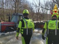Trattore bloccato in un torrente a Potenza. Intervengono i Vigili del Fuoco