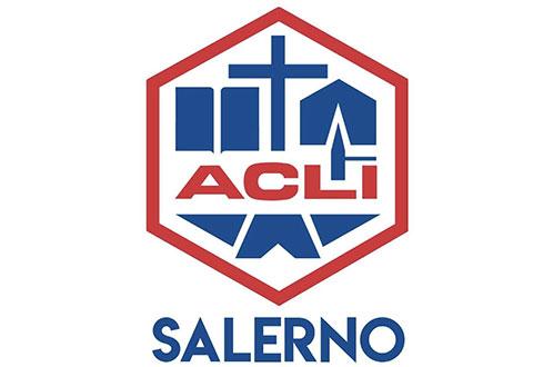 ACLI Salerno consegna 4 pc alla scuola di Matierno dopo il furto subito dall'Istituto