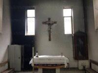 """San Rufo: incendio doloso nella cappella del Cimitero. L'Amministrazione:""""Chiedete scusa ai defunti"""""""