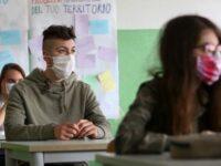 """Potenza: studenti dell'I.I.S. """"Einstein-De Lorenzo"""" chiedono maggiore sicurezza sanitaria in aula"""