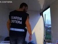 Scoperti prodotti ittici non tracciati in un centro di distribuzione a Capaccio. Scatta il sequestro della Guardia Costiera
