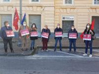 """I lavoratori agricoli scendono in piazza a Salerno. """"Nuovamente discriminati, esclusi dai sostegni"""""""