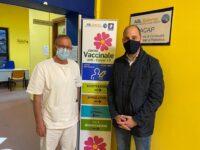 """L'on. Adelizzi visita il Centro Vaccinale all'ospedale di Eboli. """"Presto la città sarà Covid Free"""""""