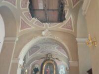 """Tragedia evitata a Lauria. Crolla una parte del soffitto della chiesa """"San Nicola di Bari"""""""