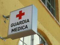 Battipaglia: ubriaco minaccia e aggredisce dottori della guardia medica