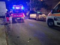 Teggiano: scontro tra un'auto e un autocarro nella frazione di Prato Perillo. Feriti 4 ragazzi