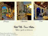 All'Hotel Villa Torre Antica di Atena Lucana relax in terrazza per pranzo, aperitivo e cena