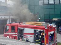 Incendio nel Centro smistamento postale a Salerno. Intervengono i Vigili del Fuoco