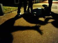 Risse violente in piazza tra giovanissimi. Due episodi con feriti a Salerno e a Battipaglia