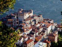 A Savoia di Lucania restano solo cinque dipendenti comunali. Insorge la minoranza consiliare