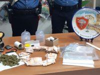 Salerno: scoperto con la droga pronta per lo spaccio mentre è in prova ai servizi sociali. Arrestato