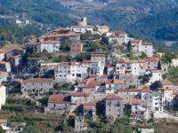 Giovane perde la vita a Caselle in Pittari sconfitta da una malattia. Il Sindaco proclama il lutto cittadino