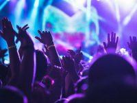 Festa con un noto DJ in una discoteca salernitana si trasforma in serata danzante. Sanzionato il titolare